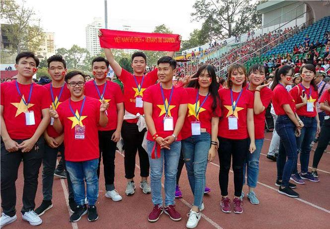 Những bóng hồng bùng cháy cùng cầu thủ U23 Việt Nam - Ảnh 5.