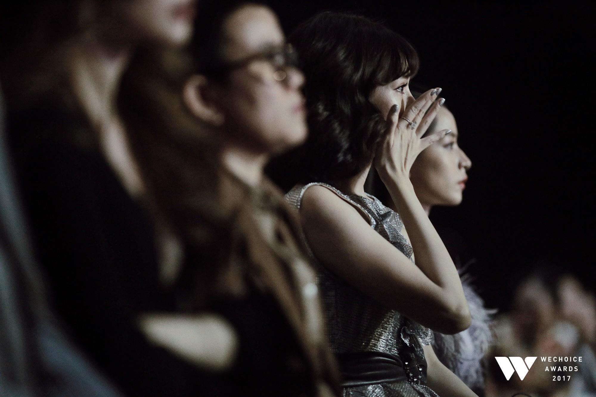 Khoảnh khắc WeChoice Awards: Đẹp nhất là khi Sơn Tùng, bé Bôm và các nghệ sĩ Việt cùng chậm lại trong dòng cảm xúc vỡ òa - Ảnh 35.