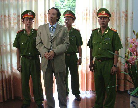 10 năm phim truyền hình Việt: Lối đi nào cho dòng phim hình sự? - Ảnh 4.