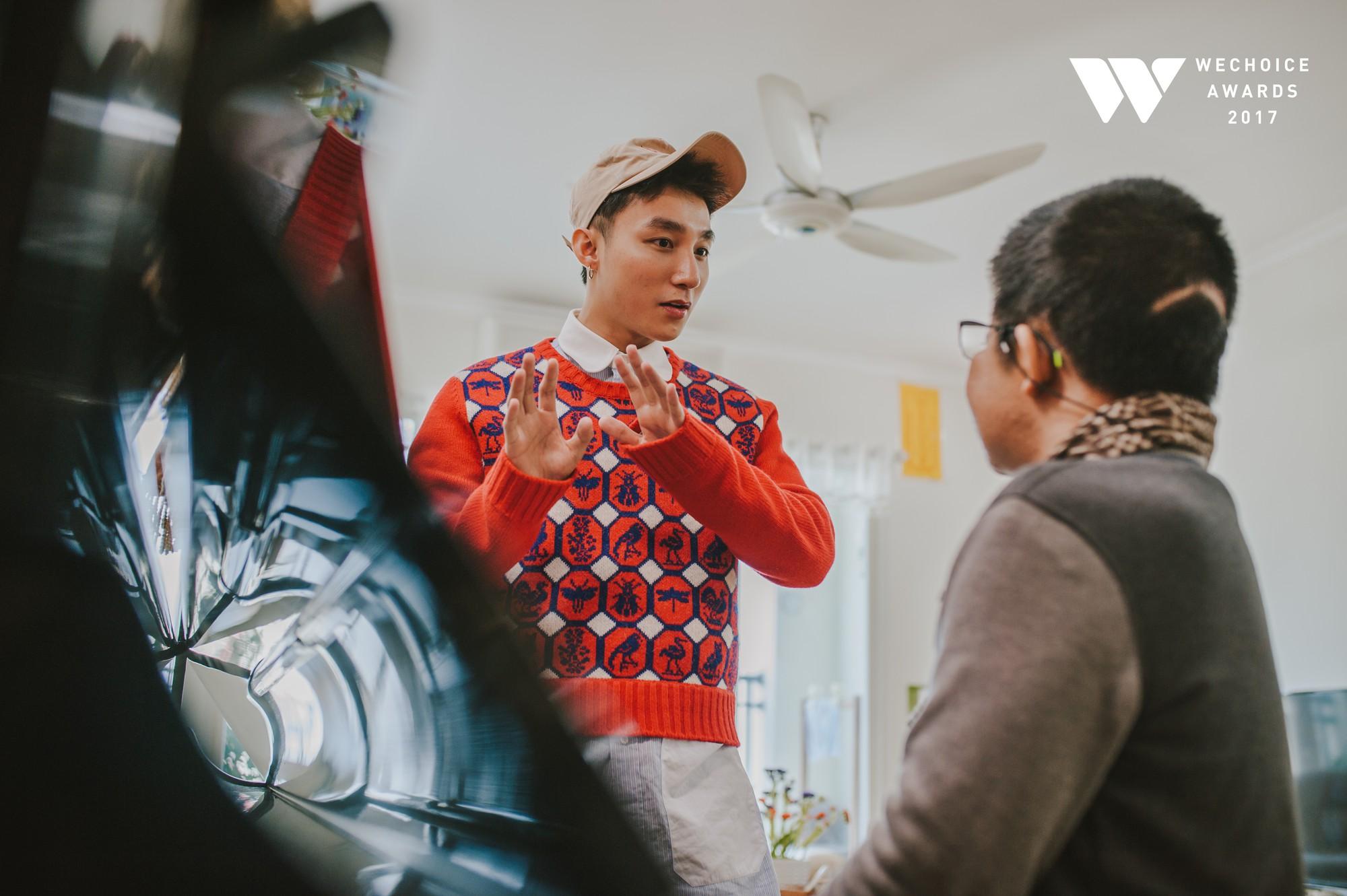 Khoảnh khắc đẹp: Sơn Tùng và bé Bôm hoà chung đam mê qua tiếng đàn, tập luyện cho sân khấu đặc biệt Gala WeChoice Awards 2017 - Ảnh 10.