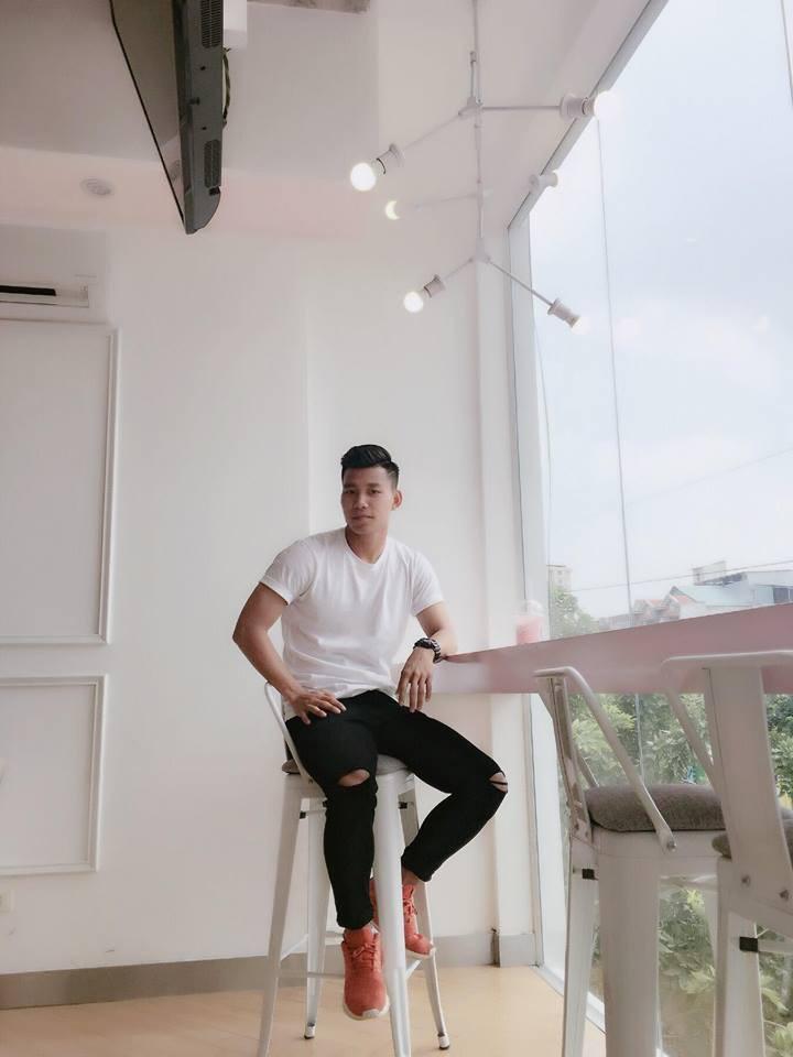 Duy Mạnh mê Gucci, Tiến Dụng - Văn Hậu cuồng Yeezy, U23 Việt Nam cũng chịu khó đầu tư giày ra phết - Ảnh 9.
