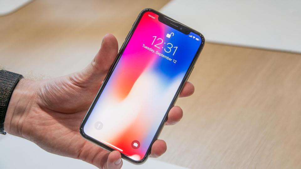 Cứ tưởng là lỗi hiếm gặp, thế mà hơn 500 anh em dùng iPhone X đã bị dính lỗi này - Ảnh 1.