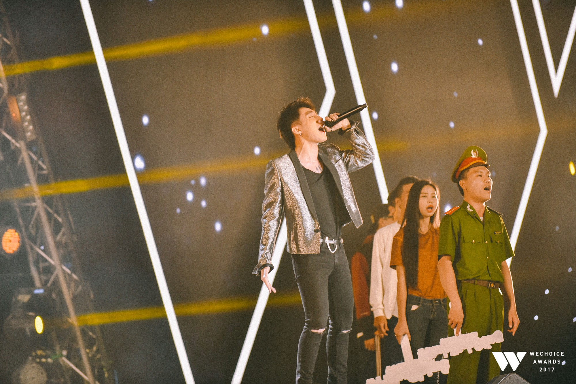 Gala WeChoice Awards 2017 và loạt khoảnh khắc chạm đến trái tim khi những niềm cảm hứng được tôn vinh! - Ảnh 13.
