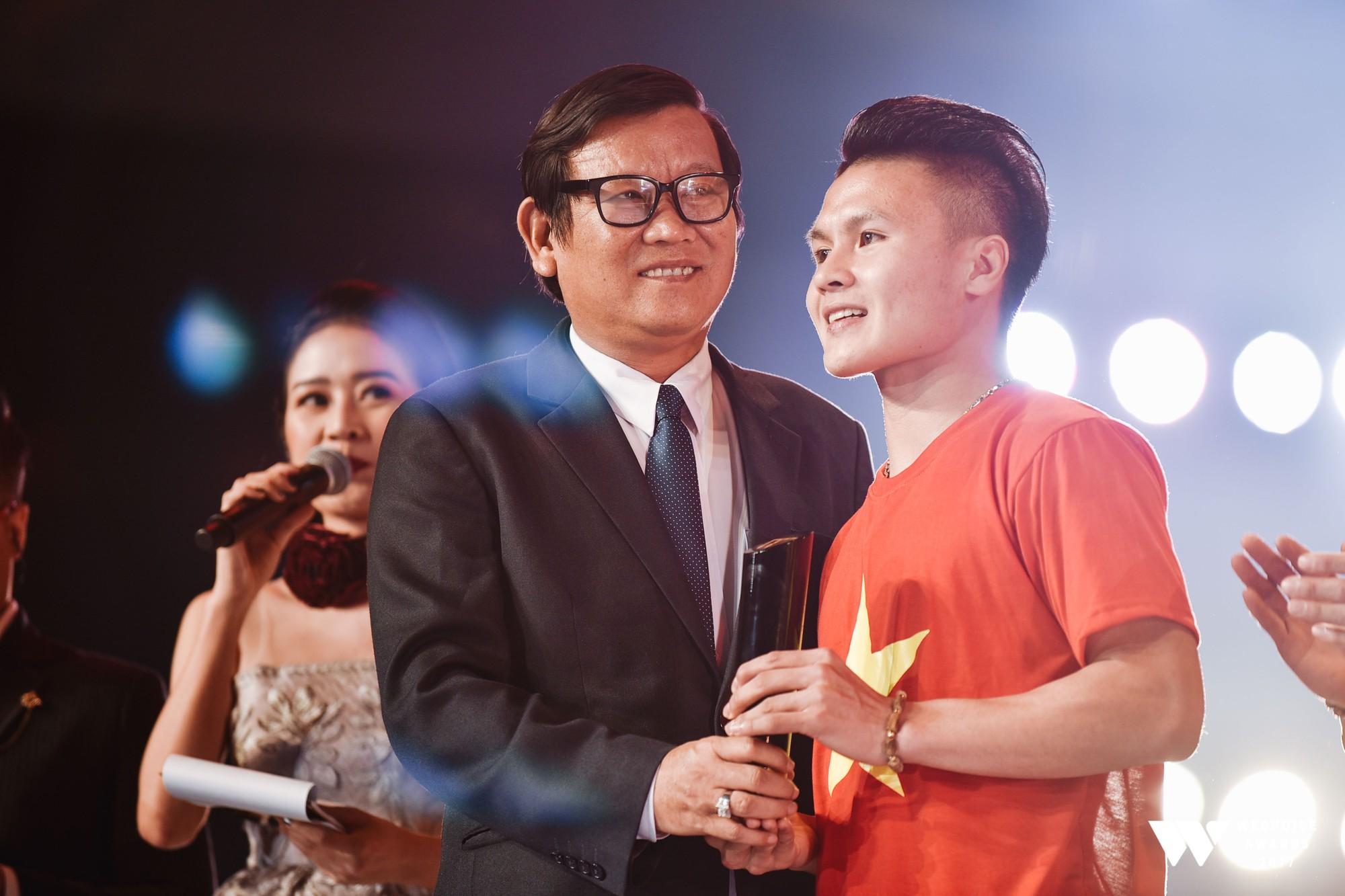 Gala WeChoice Awards 2017 và loạt khoảnh khắc chạm đến trái tim khi những niềm cảm hứng được tôn vinh! - Ảnh 6.
