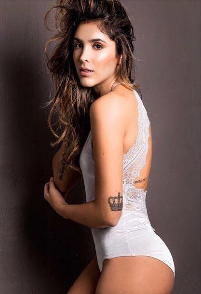 Sau ly hôn, vợ trai đẹp James Rodriguez rất chăm khoe đường cong hút mắt - Ảnh 3.