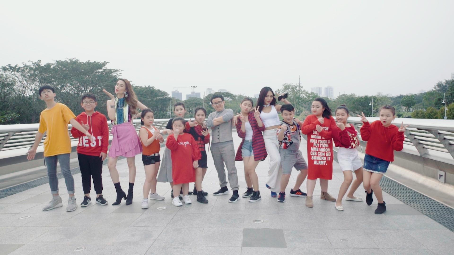 MV Get ready to live của Phương Uyên và các học trò truyền tải thông điệp sống đẹp