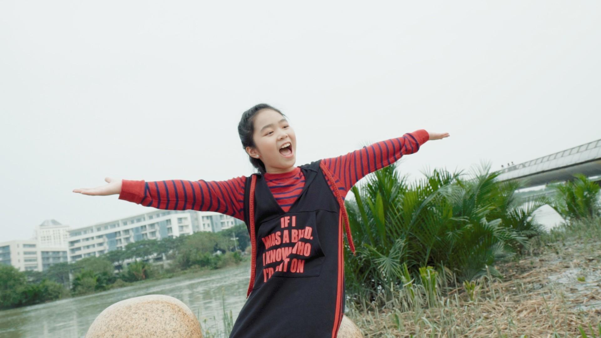 Phương Uyên, Thiều Bảo Trang, Vũ Thảo My quậy hết cỡ cùng trò nhí trong MV mang thông điệp tích cực về cuộc sống - Ảnh 7.