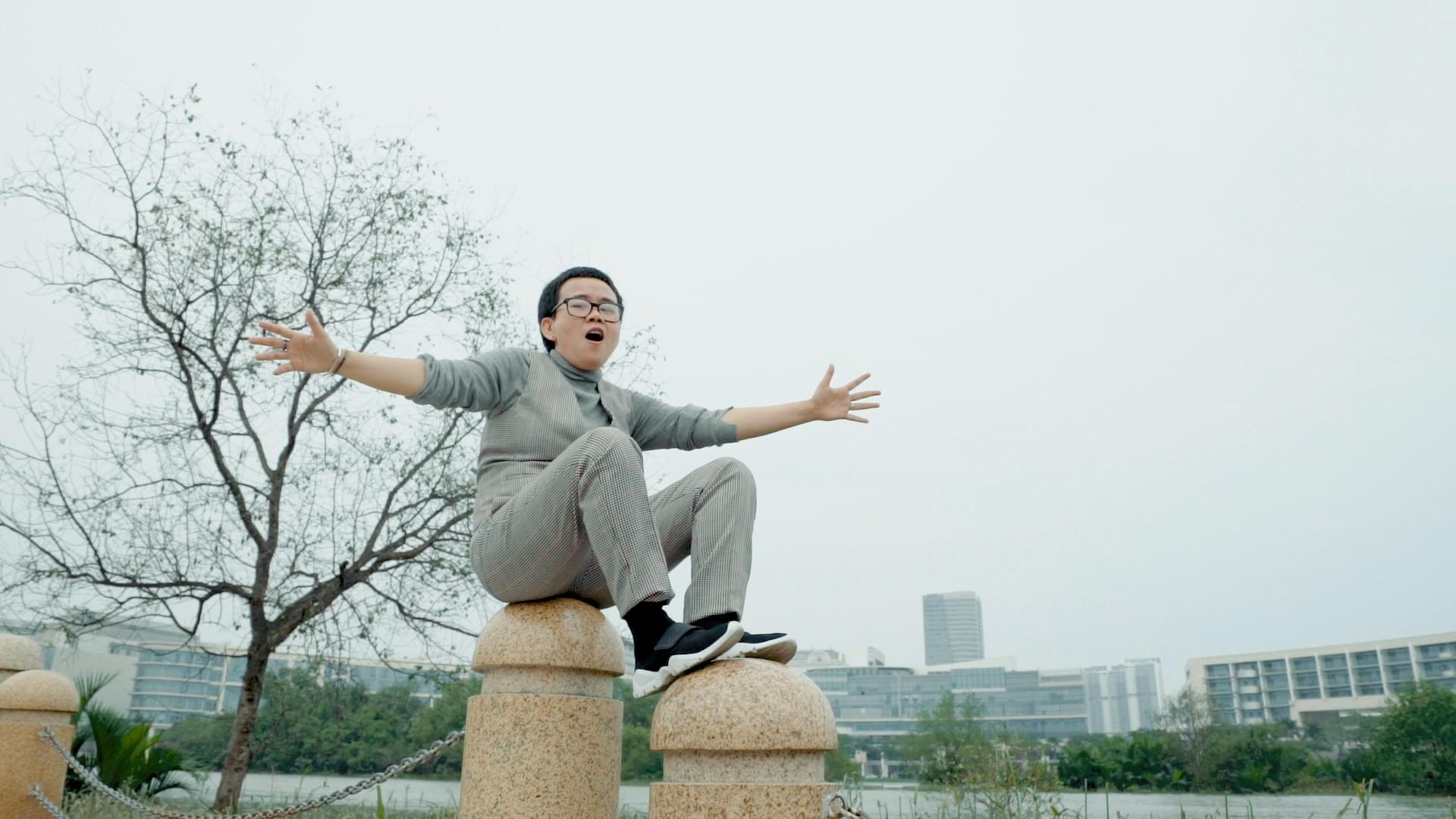 Phương Uyên, Thiều Bảo Trang, Vũ Thảo My quậy hết cỡ cùng trò nhí trong MV mang thông điệp tích cực về cuộc sống - Ảnh 3.