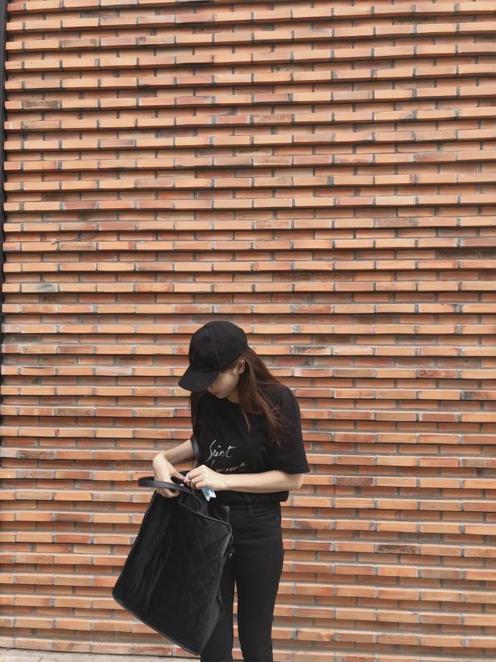 Phải công nhận, Hà Hồ lên đồ street style chuẩn không kém sao ngoại như Selena, Park Shin Hye... - Ảnh 10.