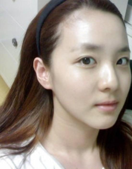 Thời này là phải đọ mặt mộc 100% tự nhiên của dàn mỹ nhân Kpop mới biết ai xứng danh nữ thần - Ảnh 18.