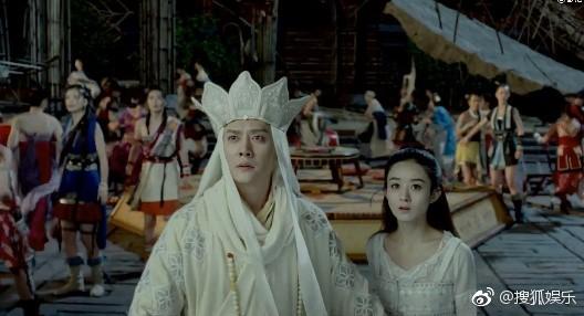 Đồng nghiệp bất ngờ xác nhận Triệu Lệ Dĩnh và Phùng Thiệu Phong đang hẹn hò