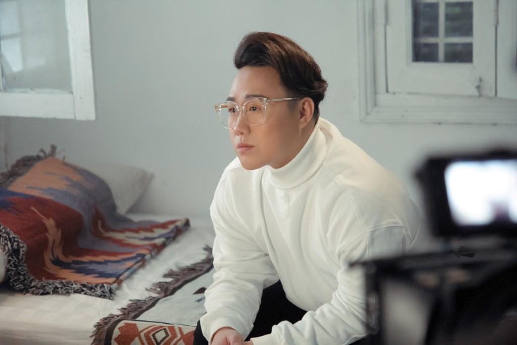 Cận Lễ tình nhân, Trung Quân Idol tung nhạc lụi, nói hộ nỗi lòng những trẻ thèm một lần được yêu - Ảnh 2.