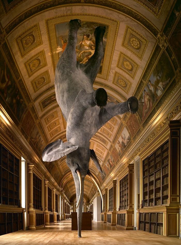 16 công trình điêu khắc ảo diệu khiến bạn tưởng lực hấp dẫn không còn tồn tại - Ảnh 5.