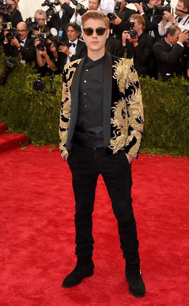 Hành trình lao dốc nhan sắc của Justin Bieber: Hoàng tử Baby năm xưa giờ đây mặt mũi xám xịt, mụn nổi chi chít - Ảnh 6.
