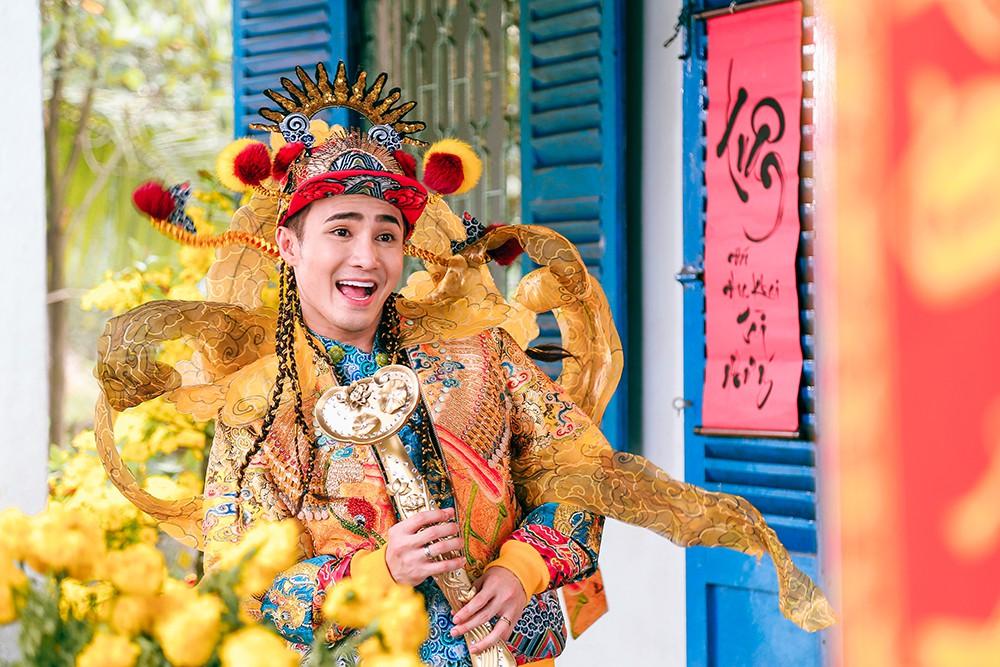 Huỳnh Lập tung MV Tết tía lia cực lỳ vui nhộn trước thềm Tết Nguyên Đán