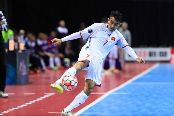 Bóng đá Việt Nam lại thất bại trước Uzbekistan - Ảnh 4.