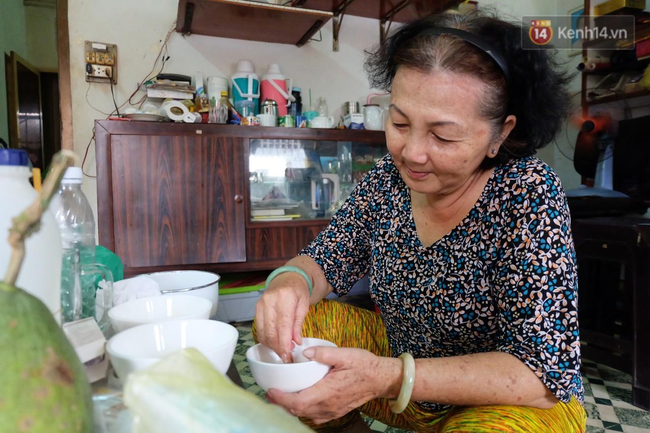 Chuyện cô giúp việc, dì bán vải chung sức cứu giúp hàng nghìn chú mèo suốt 17 năm ở Sài Gòn - Ảnh 4.