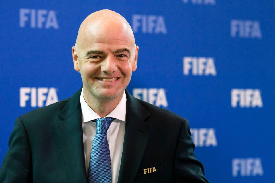 Chủ tịch FIFA bay thẳng đến Hà Nội vì U23 Việt Nam - Ảnh 1.