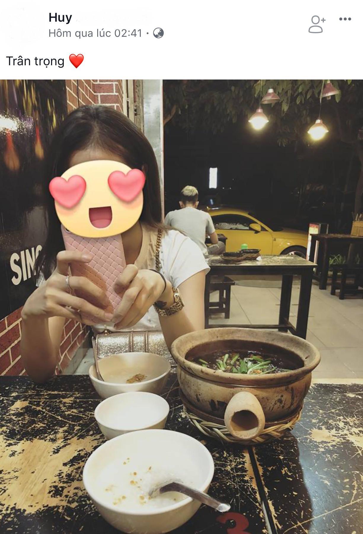 Hot girl Lâm Á Hân công khai thân mật với trai lạ sau sóng gió tình cảm với Rapper Hồng Hải