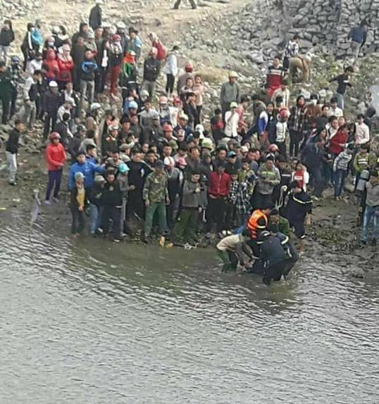 Bạn bè tiếc thương nam sinh tử vong khi cứu 3 mẹ con đuối nước lúc đi thả cá tiễn ông Táo - Ảnh 1.