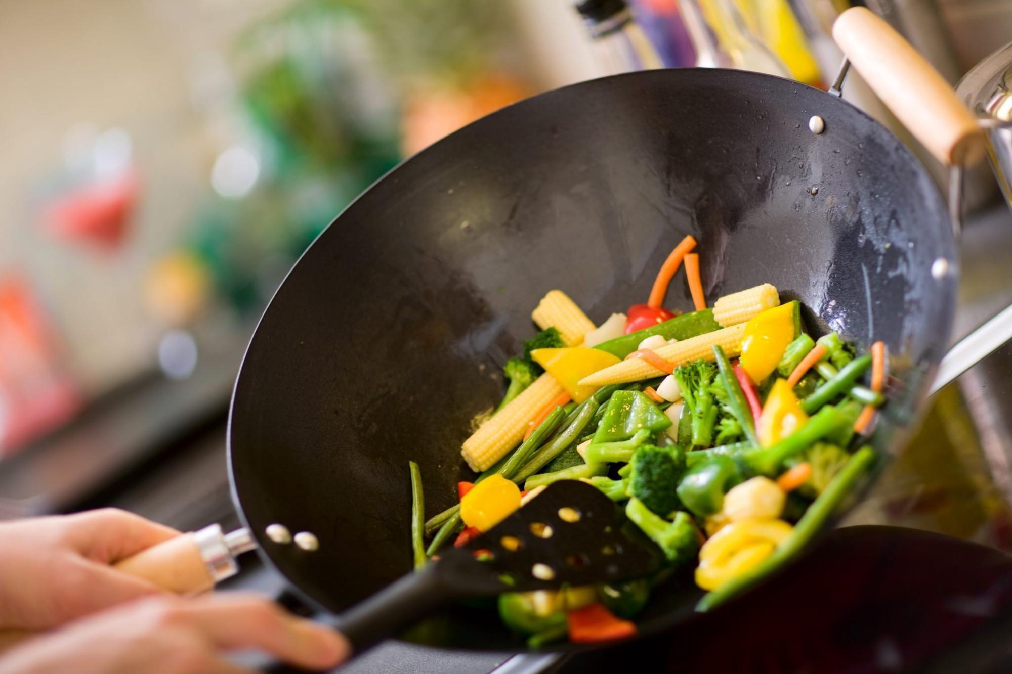 Ghi nhớ 8 nguyên tắc ăn uống dưới đây để có một kì nghỉ Tết thật khỏe mạnh - Ảnh 5.