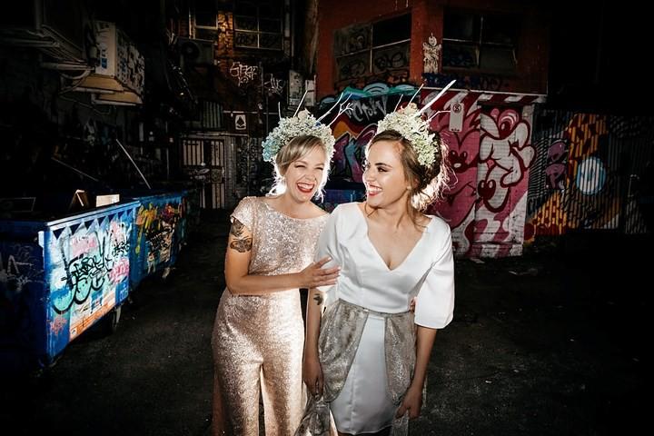 Hạnh phúc vỡ òa trong các đám cưới đồng tính ở Australia - Ảnh 2.