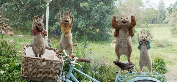 Chú Thỏ Peter tinh nghịch sẽ khuấy đảo màn ảnh rộng mùa Tết 2018 - Ảnh 4.