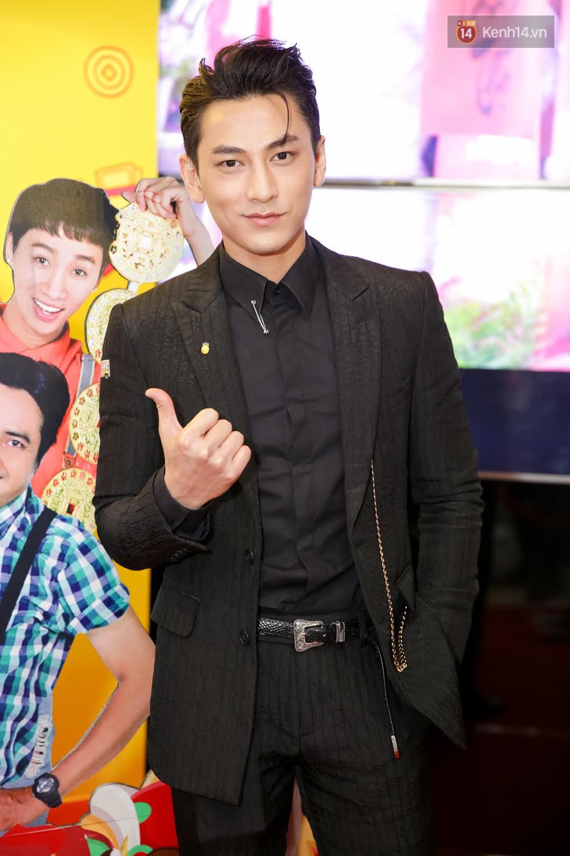 Đông Nhi, Isaac, Rocker cùng dàn sao Việt nô nức trẩy hội, ủng hộ phim Tết của Ngô Thanh Vân - Ảnh 6.