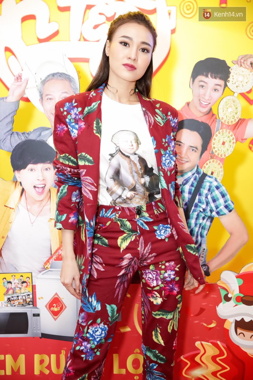 Đông Nhi, Isaac, Rocker cùng dàn sao Việt nô nức trẩy hội, ủng hộ phim Tết của Ngô Thanh Vân - Ảnh 20.