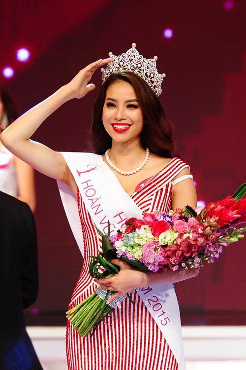 10 năm Việt Nam chỉ tìm được 3 Hoa hậu Hoàn vũ, ai mới là người được lòng công chúng nhất khi vừa đăng quang? - Ảnh 9.