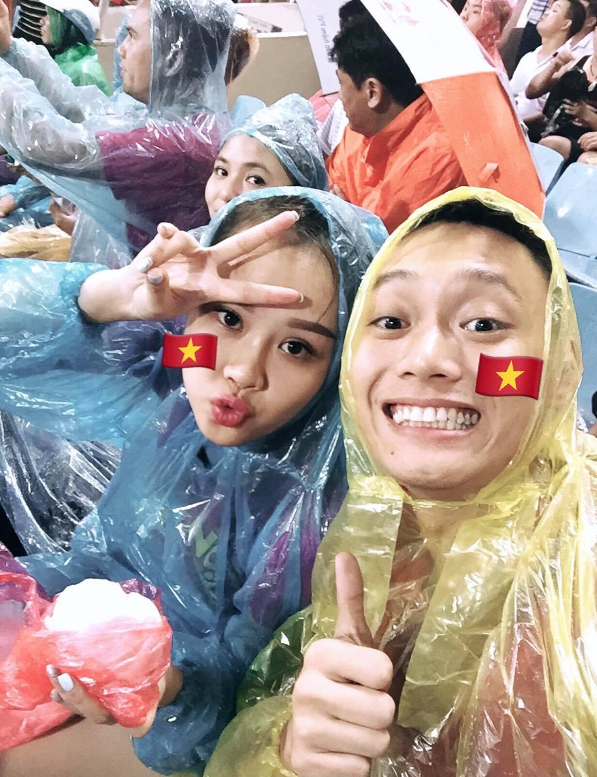 Loạt ảnh siêu lầy lội của vợ chồng Nhật Anh Trắng: Yêu thánh chế nên thế là quá bình thường! - Ảnh 21.