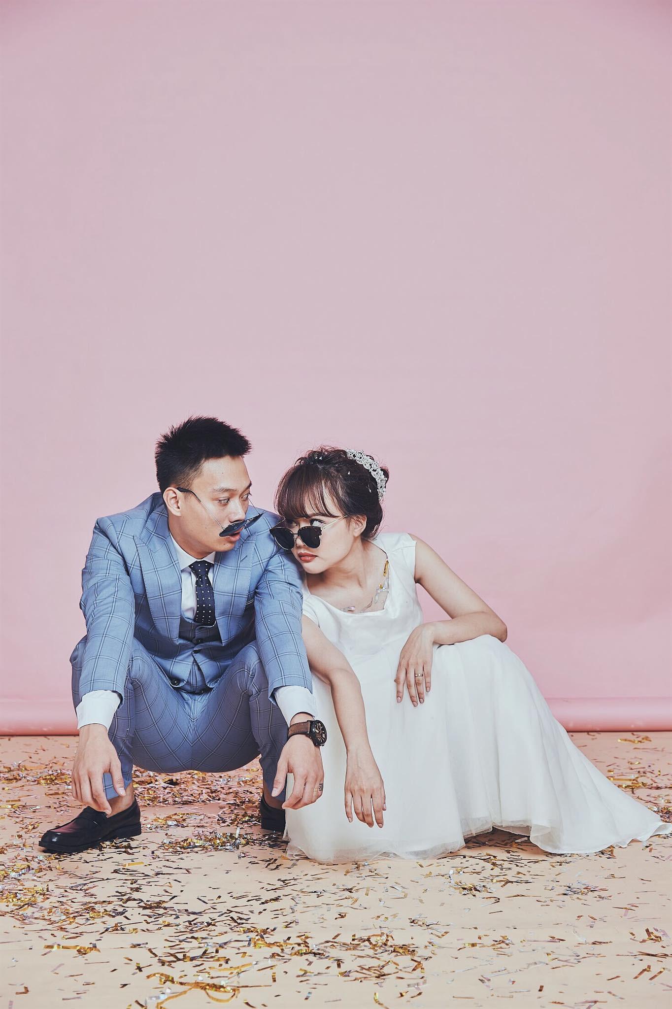 Loạt ảnh siêu lầy lội của vợ chồng Nhật Anh Trắng: Yêu thánh chế nên thế là quá bình thường! - Ảnh 4.