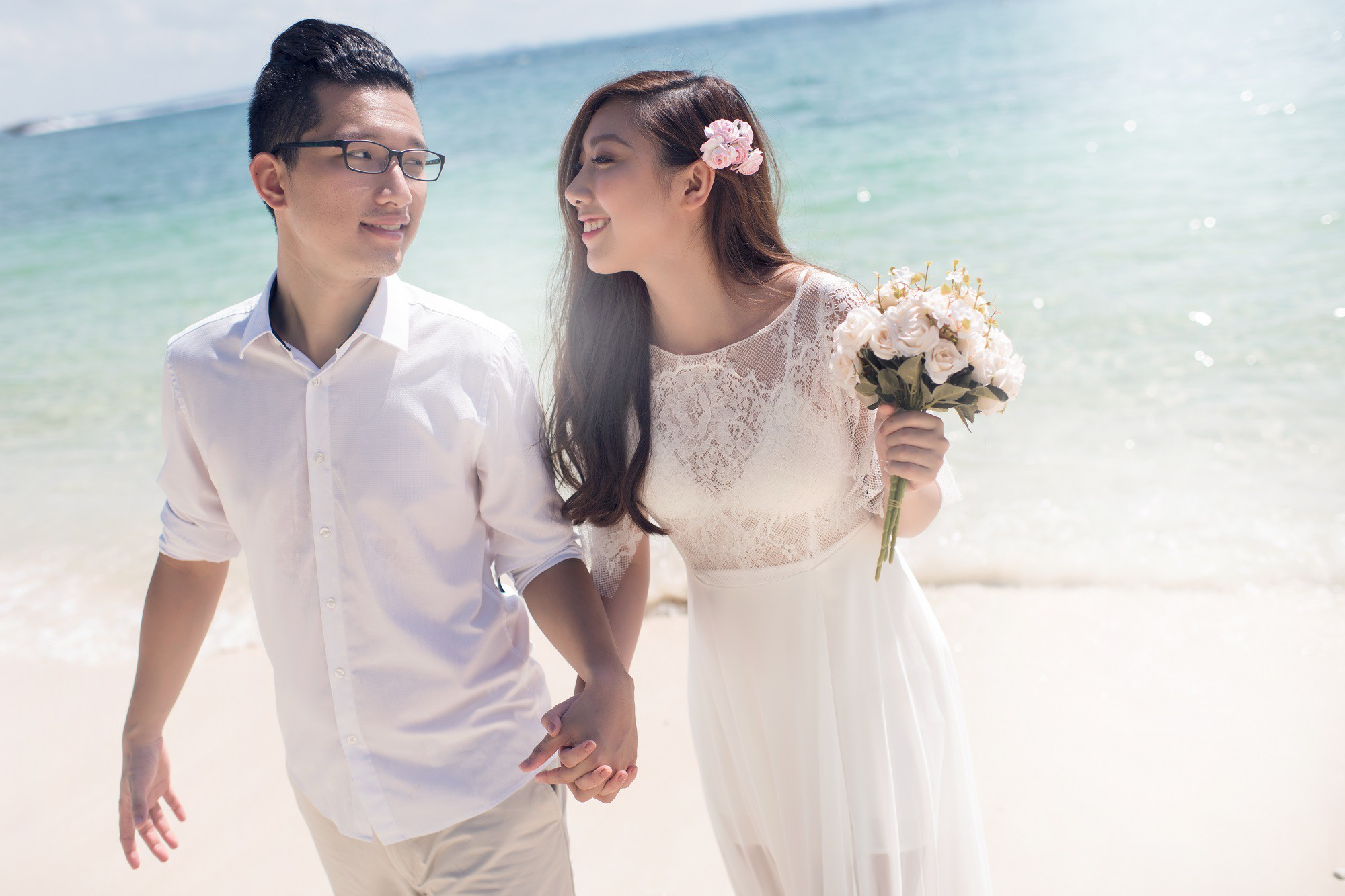 Em gái Trấn Thành kết hôn với bạn trai Hồng Kông, tung bộ ảnh cưới nhắng nhít cùng hội bạn thân - Ảnh 5.