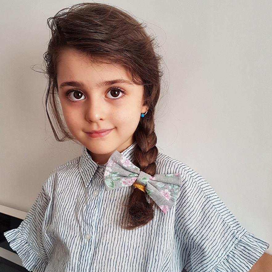 Thiên thần nhỏ người Iran khiến cư dân mạng Trung Quốc sửng sốt vì giống mỹ nữ Tân Cương Địch Lệ Nhiệt Ba - Ảnh 24.