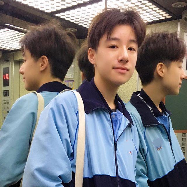 Tiểu Vương Lực Hoành Trung Quốc: 13 tuổi đã cao 1m70, học giỏi và biết chơi cả piano, violin - Ảnh 8.