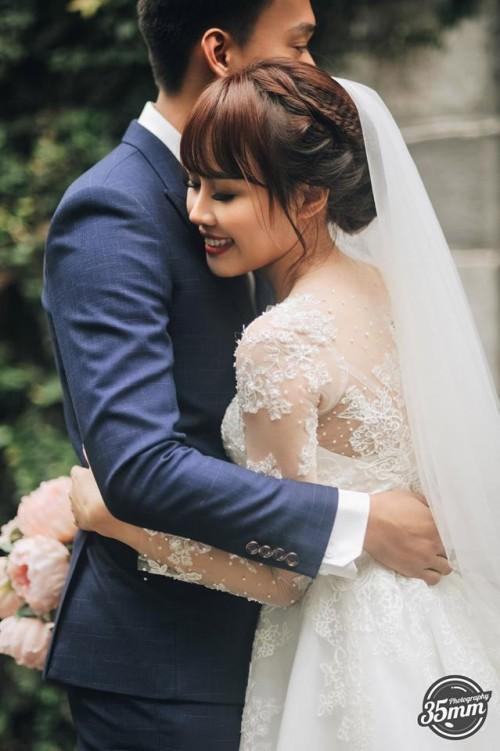 Lầy lội là vậy nhưng ảnh cưới của Nhật Anh Trắng lại lãng mạn vô cùng! - Ảnh 2.