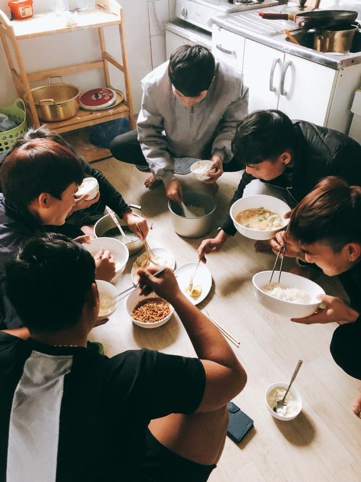 Du học Nhật Bản có sướng hơn du học Hàn Quốc? - Ảnh 1.