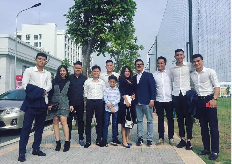 Tin không vui lắm với chị em: Quang Hải U23 Việt Nam đã có bạn gái xinh như hot girl! - Ảnh 3.