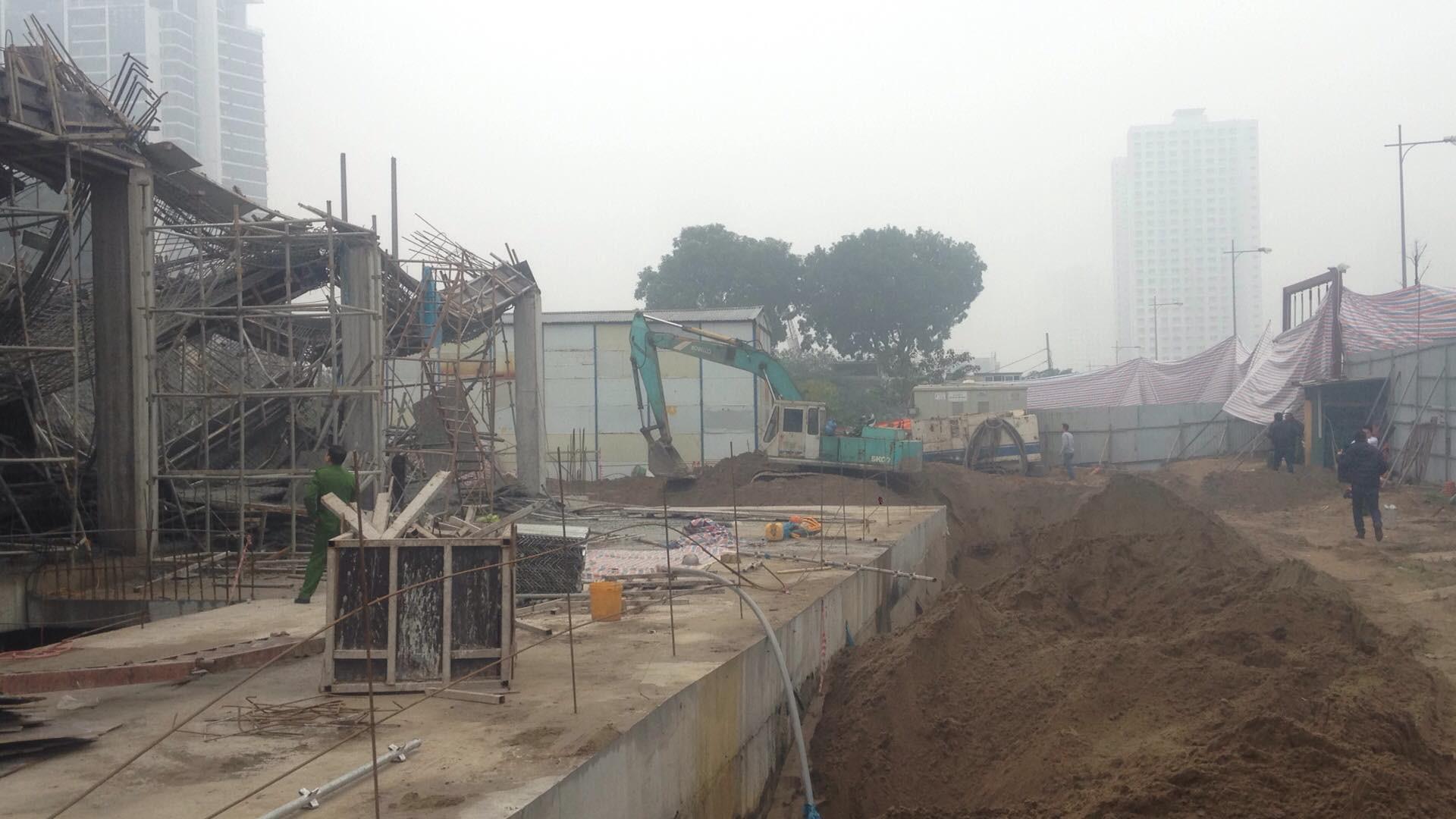 Hà Nội: Sập giàn giáo công trình xây dựng khiến 3 người chết, nhiều người bị thương - Ảnh 3.