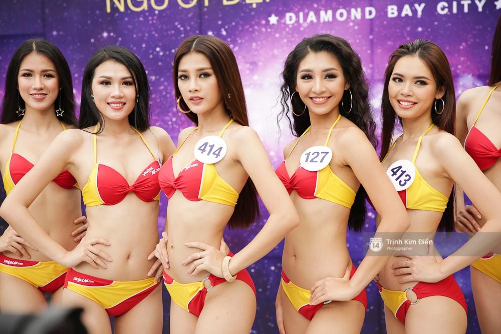 Dàn người đẹp Hoa hậu Hoàn vũ lộ đùi to, bụng mỡ khác xa ảnh photoshop trong phần thi trình diễn bikini - Ảnh 12.