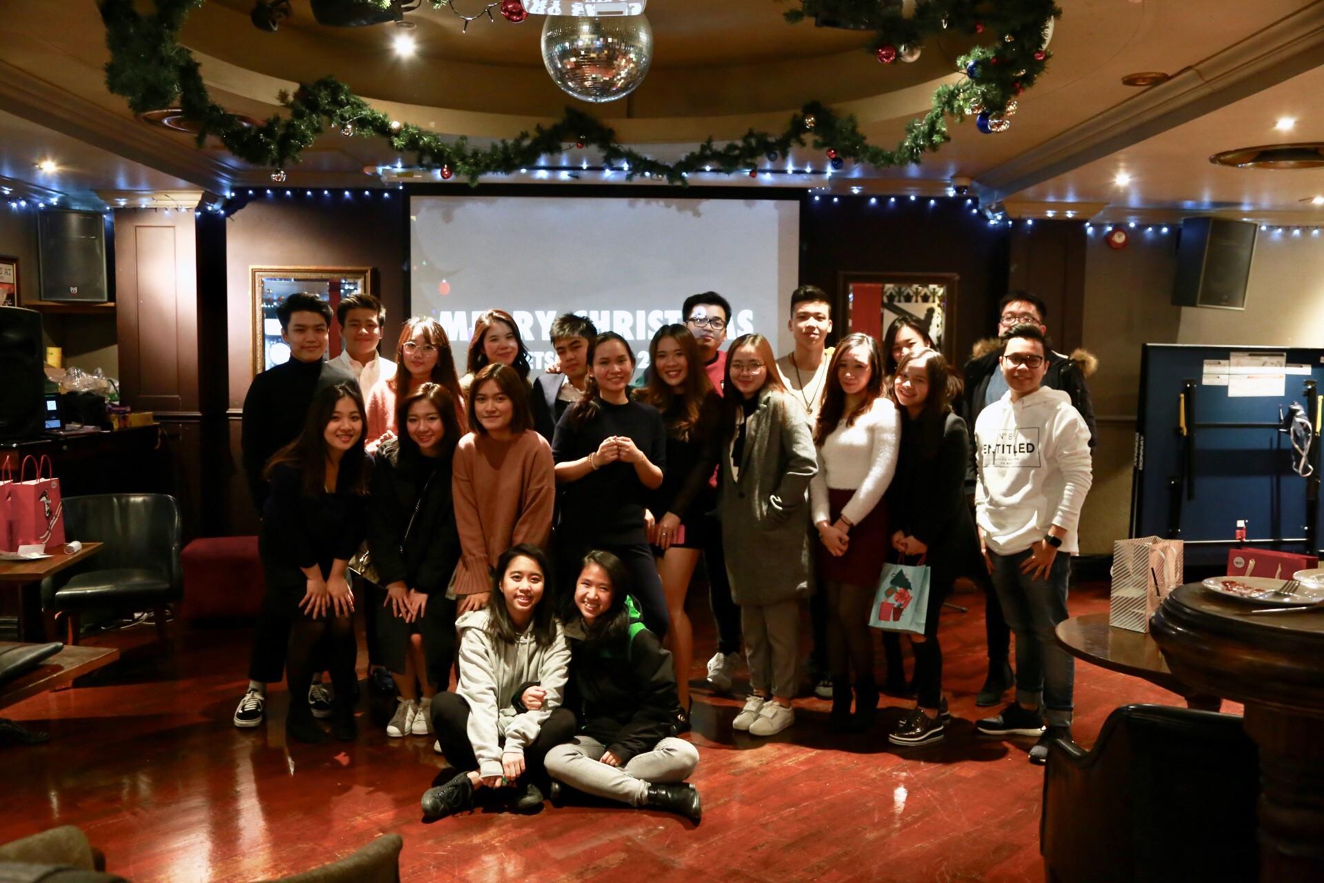Du học sinh Việt hòa mình vào không khí chào năm mới khắp thế giới - Ảnh 2.