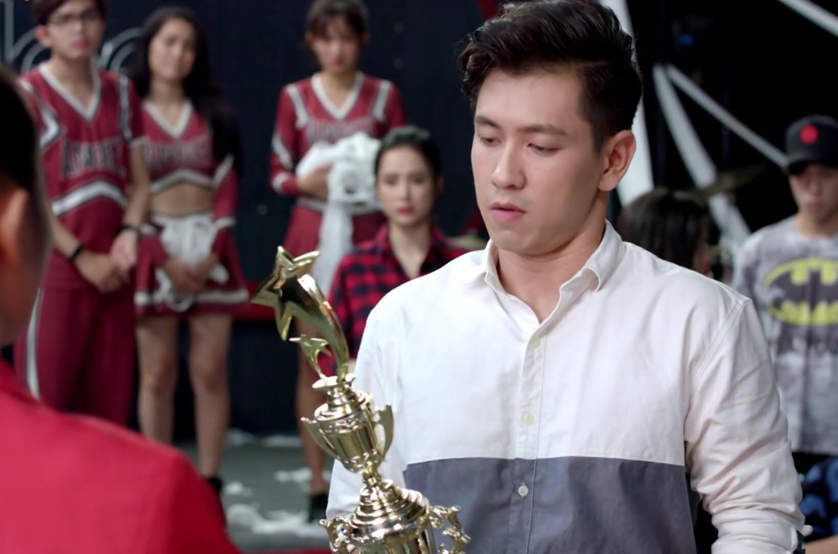 Glee Việt tập áp cuối: Để ủng hộ tinh thần Angela, toàn bộ nữ sinh của Glee đồng loạt mang bầu! - Ảnh 3.