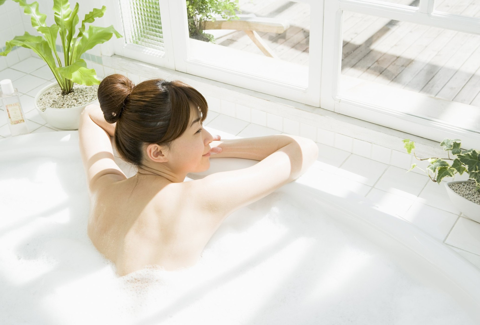 Muốn da luôn mịn màng, căng bóng trong những ngày lạnh thì nên tuân thủ 7 nguyên tắc sau - Ảnh 3.