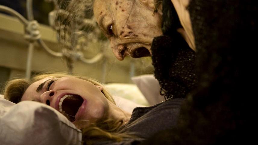 10 phim kinh dị sợ vỡ mật đáng một lần thử! - Ảnh 14.