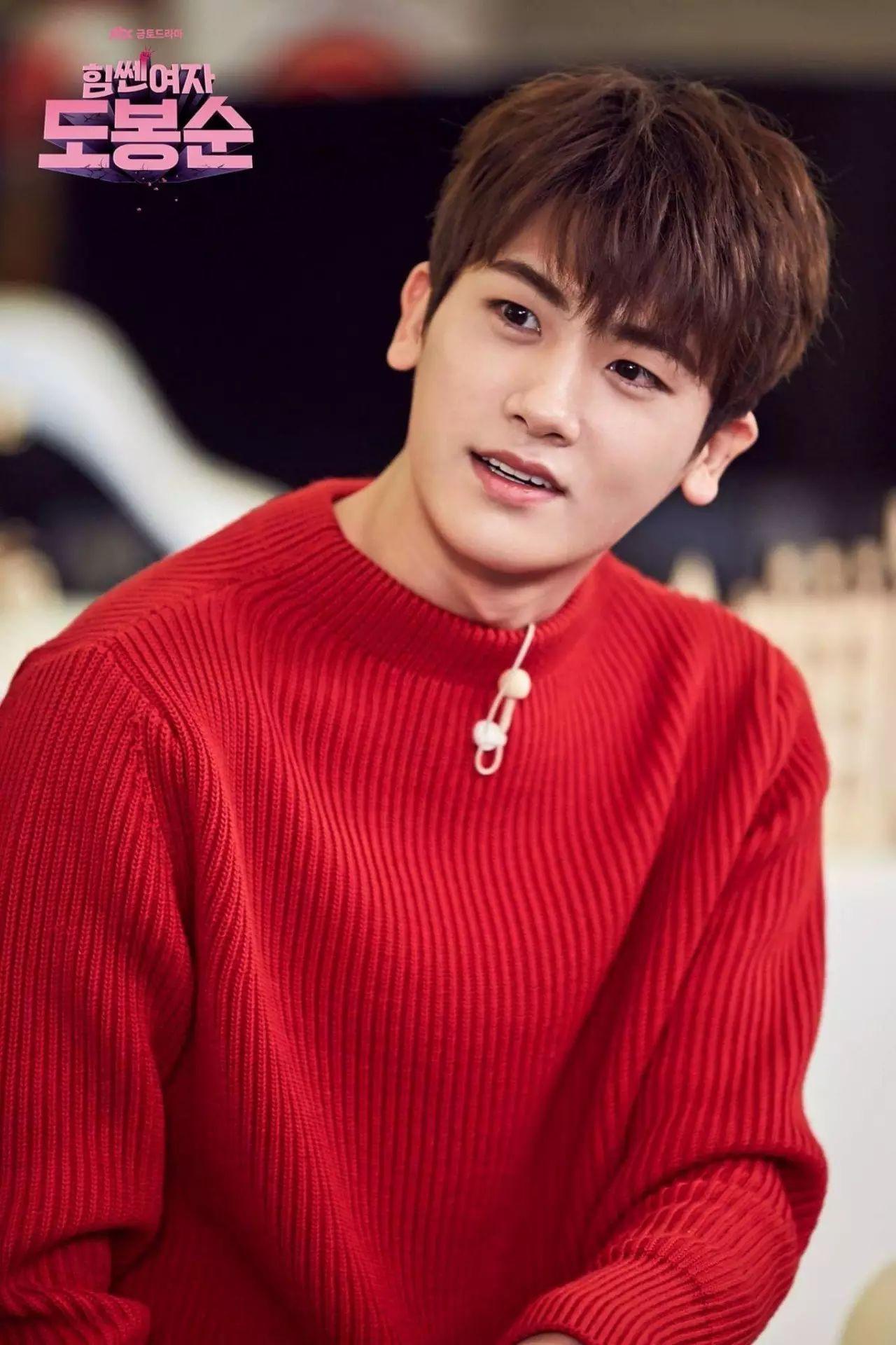 Hội idol Kpop debut để hát nhưng nên... làm nghề khác thì hơn (P.1) - Ảnh 7.