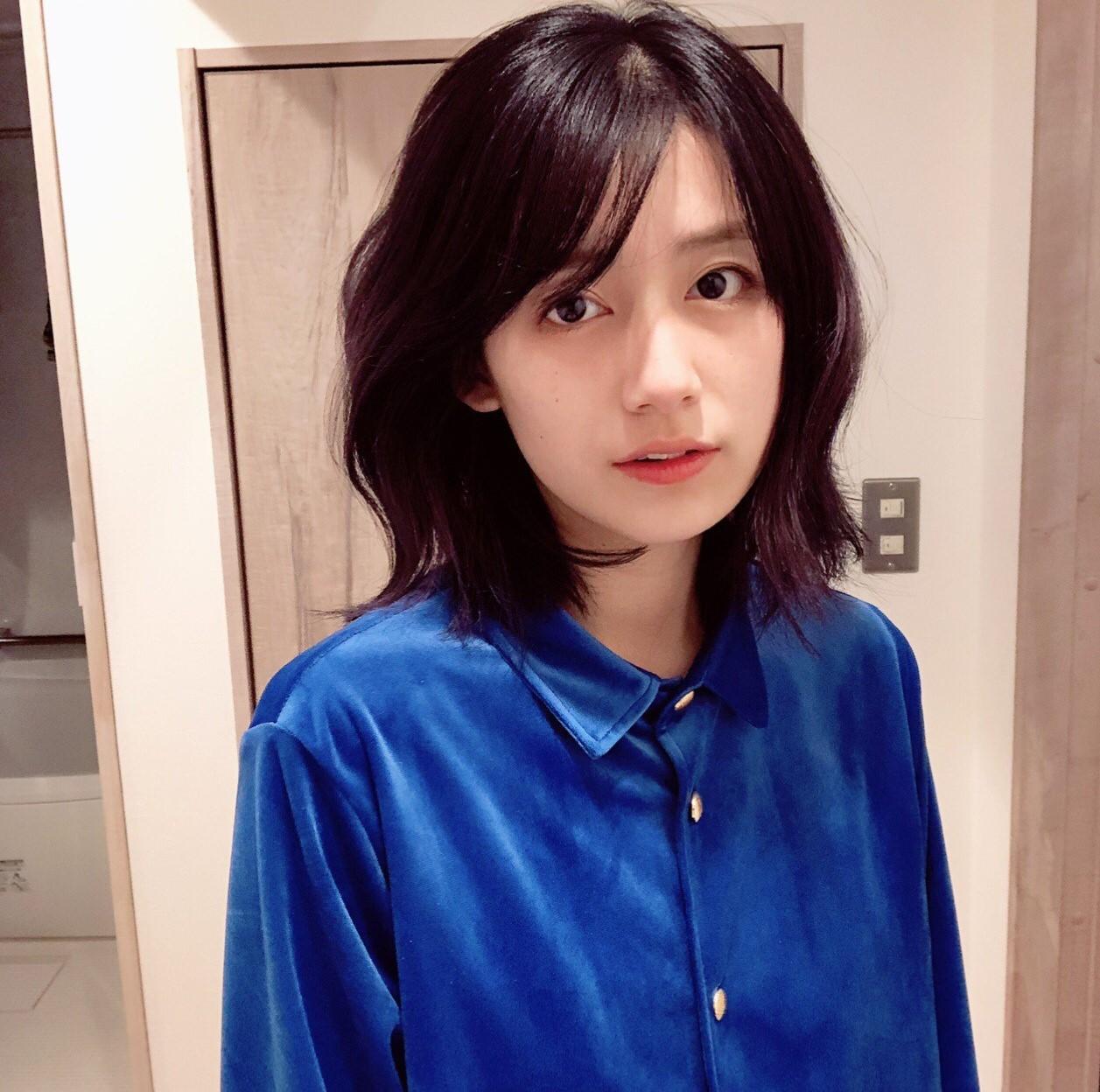 Xuất hiện hot girl ảnh film với nét đẹp cổ điển cực giống nữ thần Kim Ji Won của Hậu duệ Mặt trời - Ảnh 5.