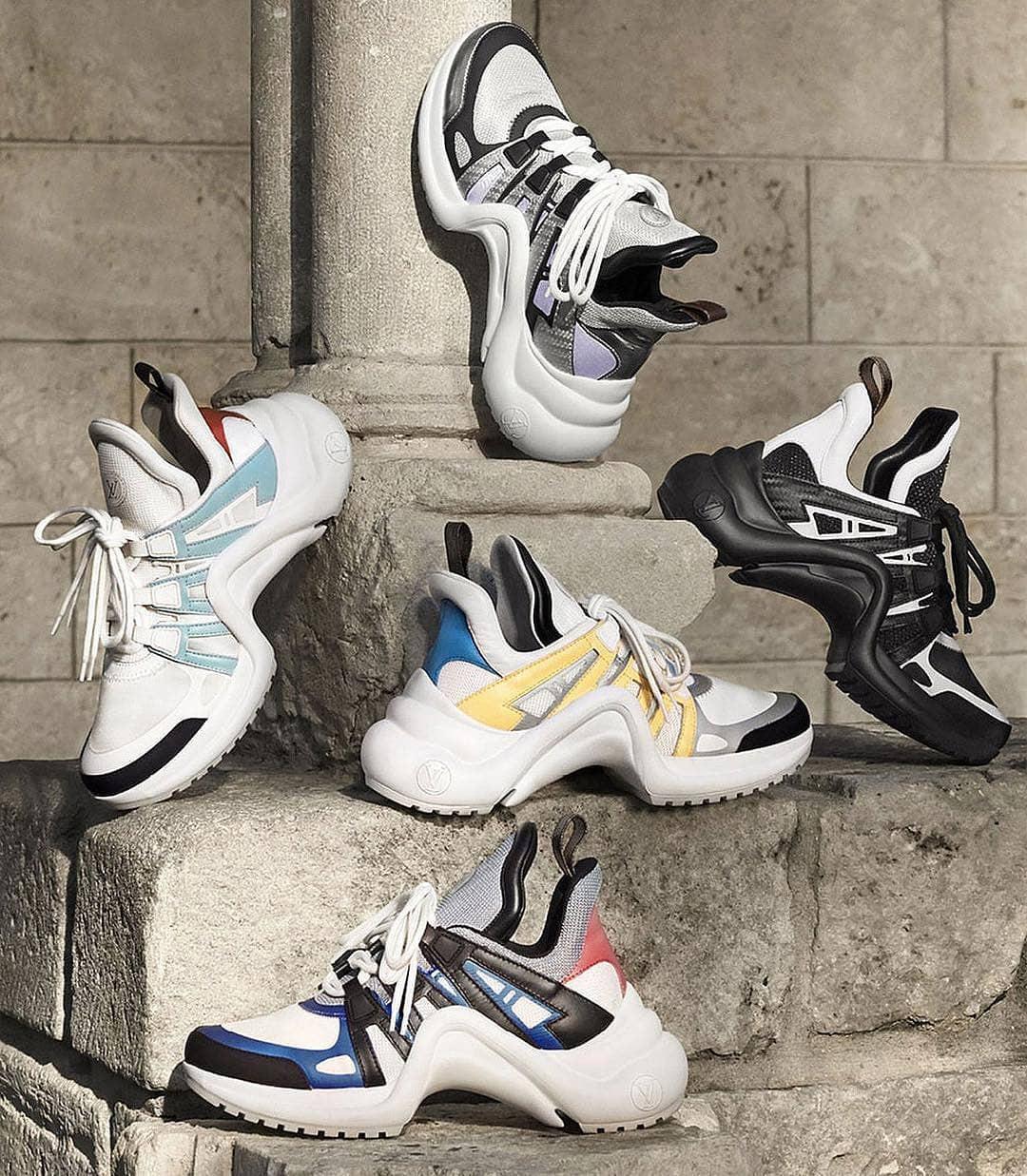 Sau Balenciaga Triple S, đây sẽ là đôi giày cồng kềnh tiếp theo được giới mộ điệu săn đón - Ảnh 1.