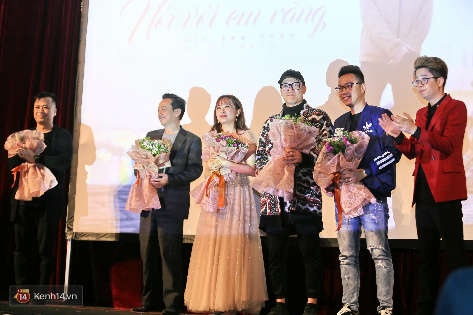 Bùi Anh Tuấn mời thảm họa âm nhạc Lệ Rơi xuất hiện trong MV ra mắt dịp Valentine trắng - Ảnh 10.