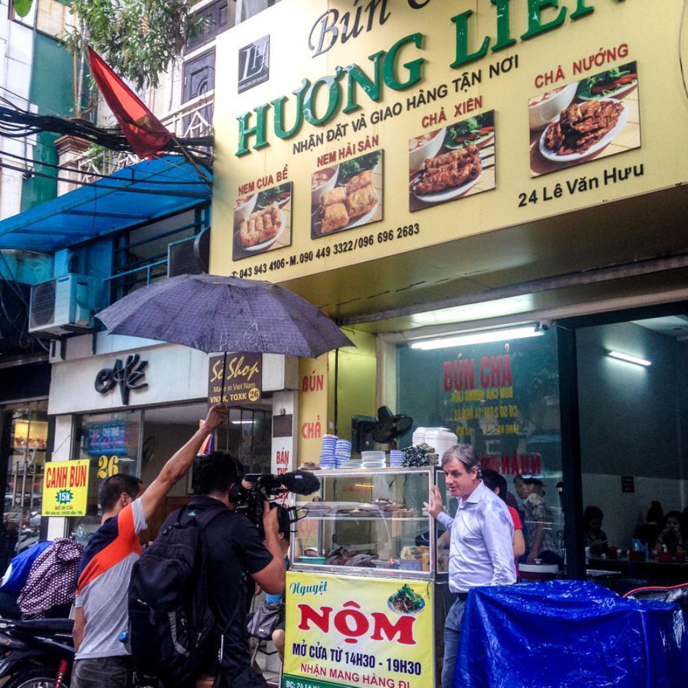 Ở Hà Nội có tận 5 hàng bún chả từng xuất hiện chễm chệ trên truyền thông quốc tế - Ảnh 1.