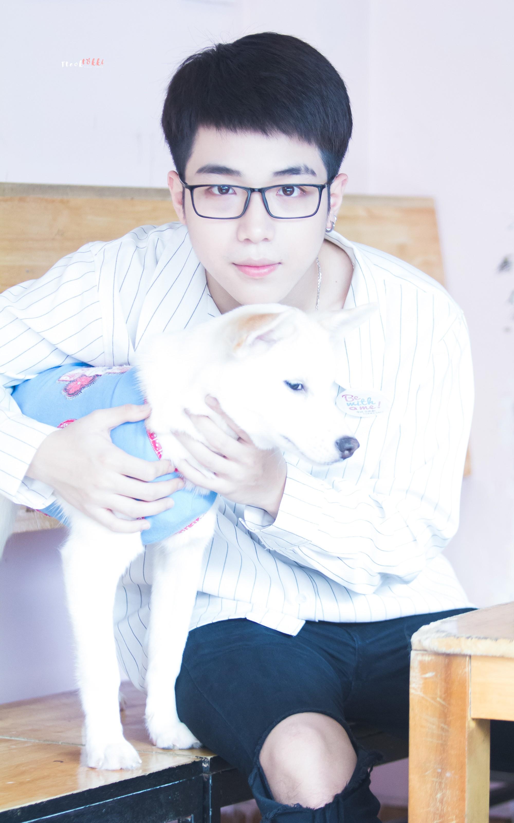 Đáng yêu như Toki (UNI5): Lạnh lùng cool ngầu là thế nhưng lại... sợ chó - Ảnh 2.